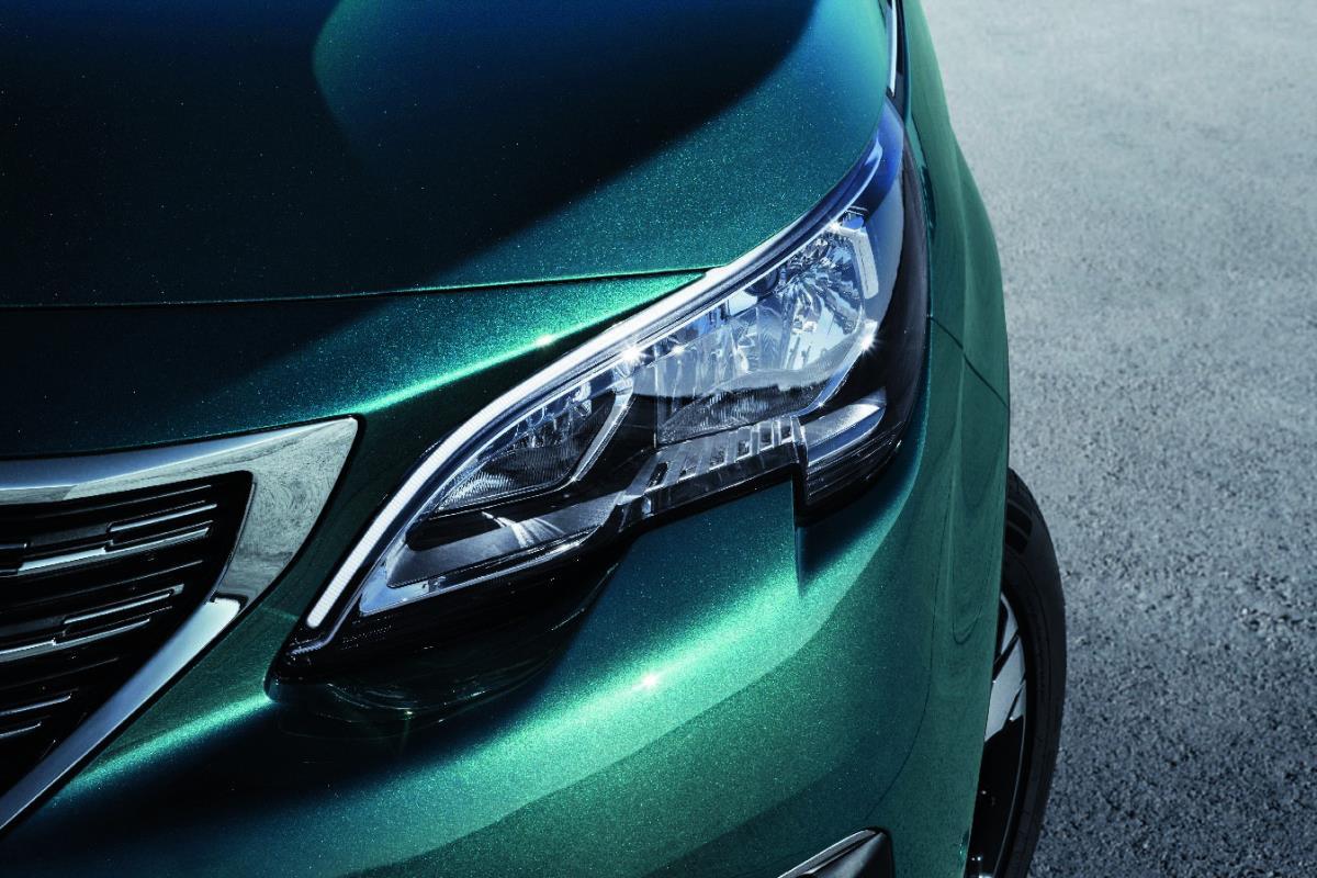 Peugeot 5008 resimleri