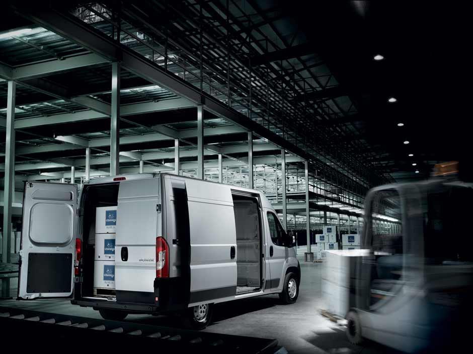Peugeot Boxer Van resimleri