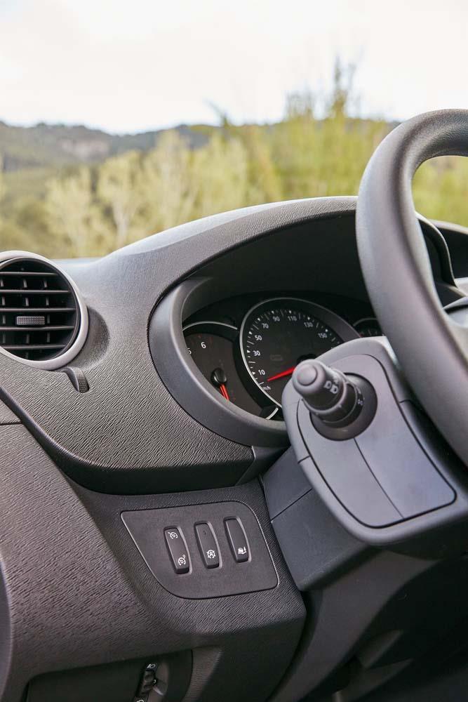 Renault Kangoo Express resimleri