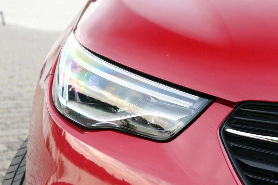 Opel Grandland X resimleri