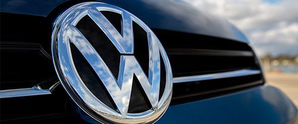 Otomotiv Devi Volkswagen Logosunu Değiştiriyor.