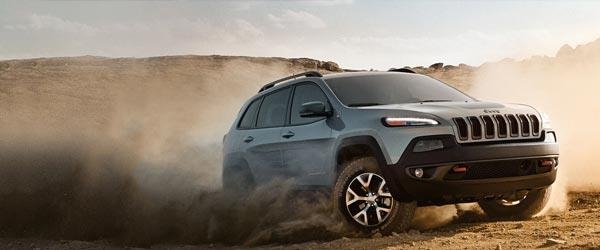 Jeep Cherokee Alanlara Sunroof ve Navigasyon Hediye!